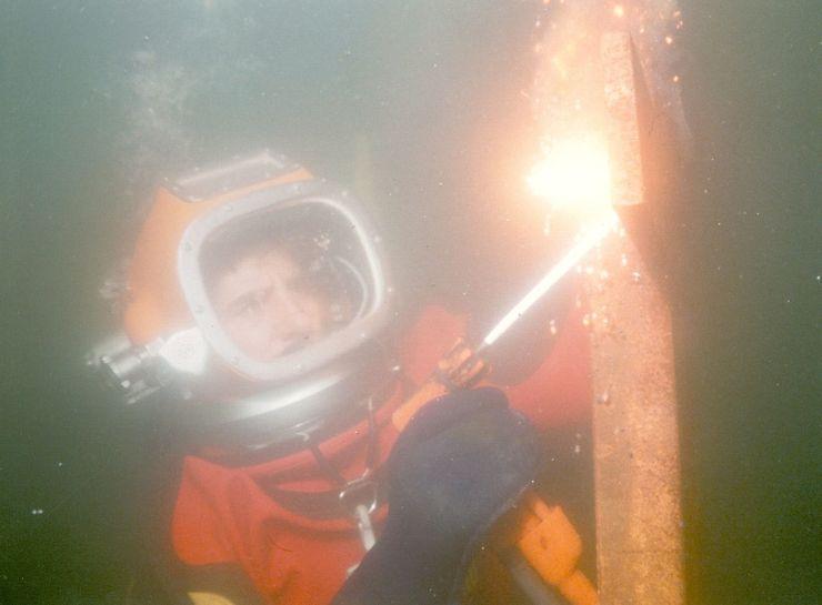 Brennen mit Helm