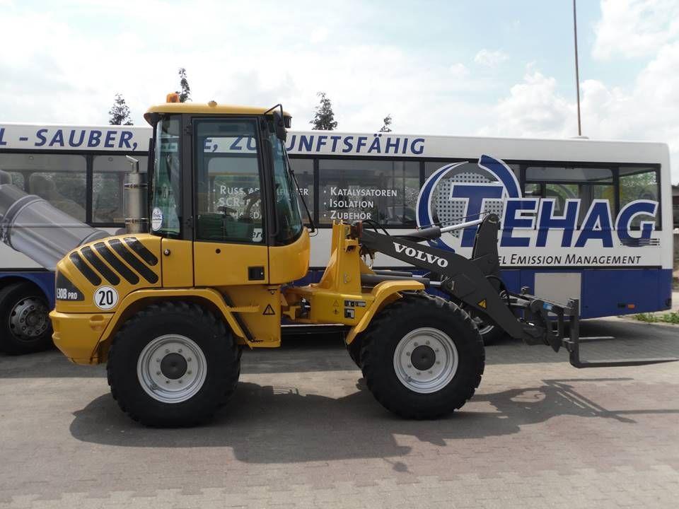 Frontlader -Hersteller Baumaschine: Volvo - Typ Baumaschine: L30B-Z - Hersteller Motor: Volvo - Typ Motor: D3.6DCCE3 - Motornennleistung: kW / 1/min 52 kW - Baujahr Baumaschine / Motor 2012