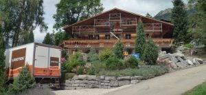 Durch die URETEK Schweiz AG angehobenes Gebäude