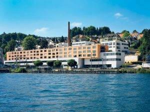 Energie aus Seewasser: In Wädenswil ZH werden 58 Wohnungen und diverse Geschäfte mit Energie aus dem Zürichsee beheizt