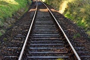 railway-line-1007925_640