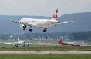 aircraft-1555884_640