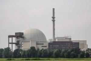 nuclear-power-plant-1602792_640