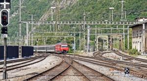 station-entrance-1676440_640