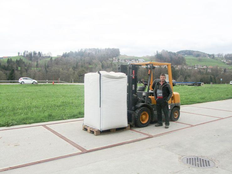 Unterflur-Betonwaage, 10 x 3 Meter, im Agrarhandel